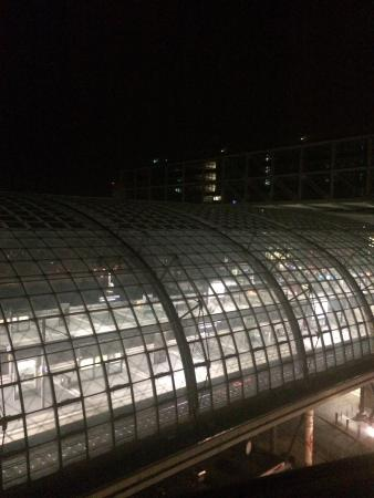 MEININGER Hotel Berlin Hauptbahnhof: Вид из номера - шума не было
