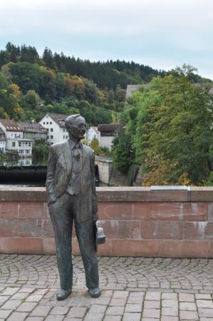 Nikolauskapelle: Hermann Hesse statue