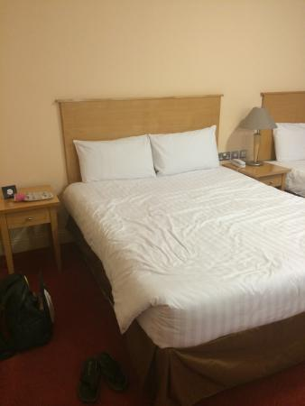 Great National South Court Hotel: Very comfortable double bed