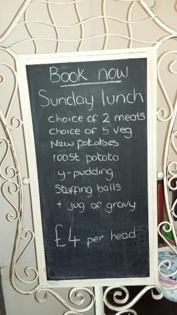 Güney Yorkshire, UK: Sunday Lunch MENU