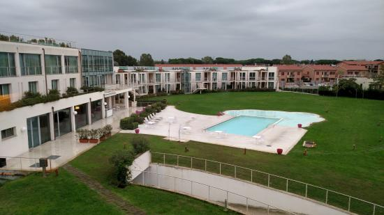 View of outdoor pool from room picture of allegroitalia for Abitalia hotels