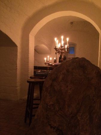 Kokkedal Slot : Vinkælder