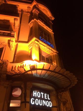 Hotel Gounod Nice: 夜の入口