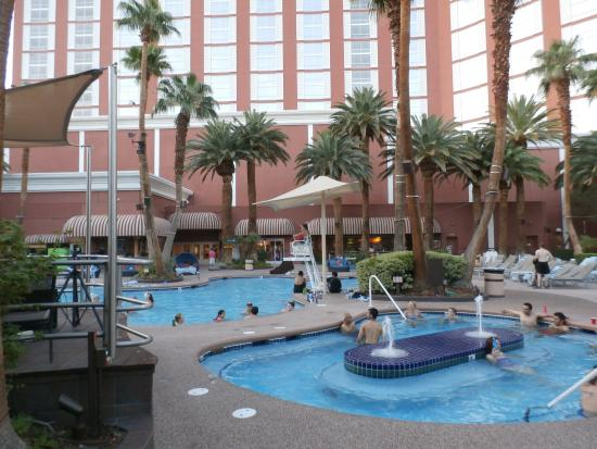Nice Pool Area Picture Of Treasure Island Hotel Casino