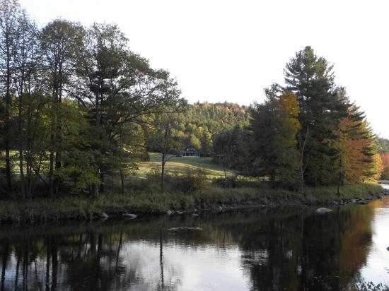 Jay, État de New York : View from across the Au Sable River