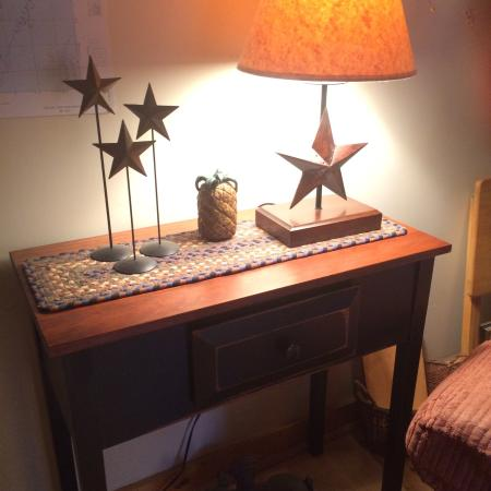 Moultonborough, Nueva Hampshire: These are just a few items i have purchased at the Casual Cape. Floor & table lamps, rugs, many