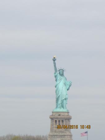 how to get to statue of liberty from staten island