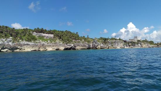 Ecab Explorer : TULUM from the sea...You won't get this view on the big bus tours