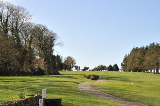‪Skibbereen & West Carbery Golf Club‬