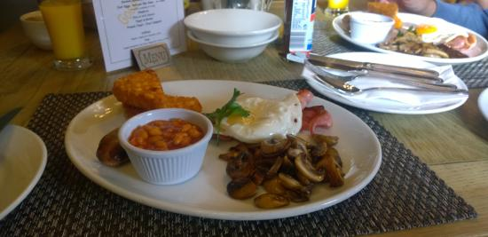 The White Hart Country Inn: Full English Breakfast