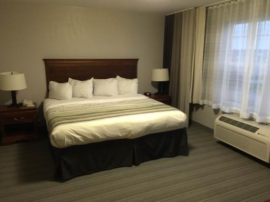 Country Inn & Suites By Carlson, Appleton North: Bedroom