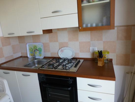 cucina componibile - Foto di Comino alto, Siniscola - TripAdvisor