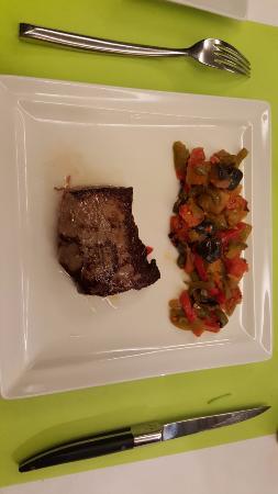 Mercure Moulins Nord : plat de viande Charolais