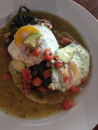 Stereo 8: Beautiful Chile Relleno...and tasted even better than it looked!