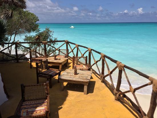 Sazani Beach Lodge: Bar terrace