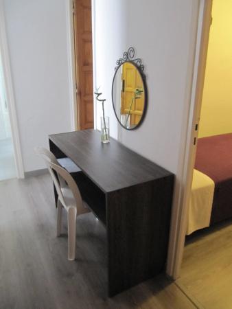 Atzavara Apartments: 02