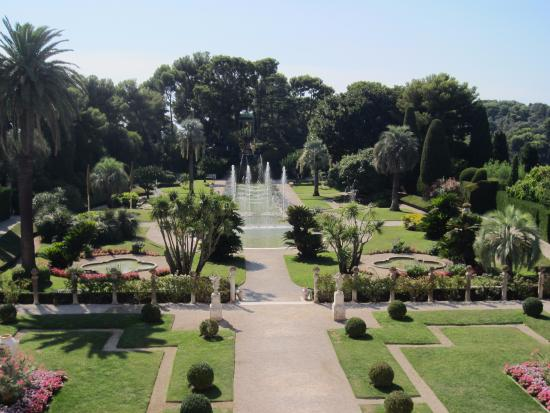 Villa and gardin picture of villa jardins ephrussi de for Jardin villa rothschild