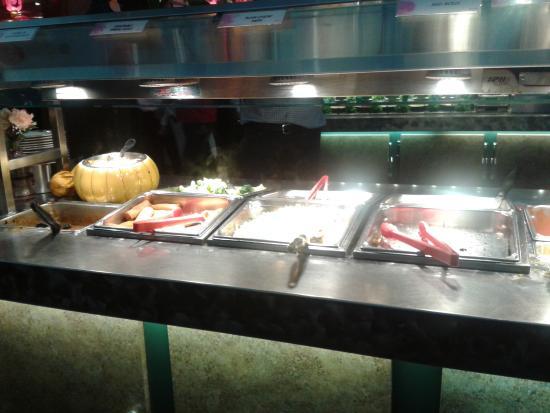 Mandarin Restaurant: Pretty good variety