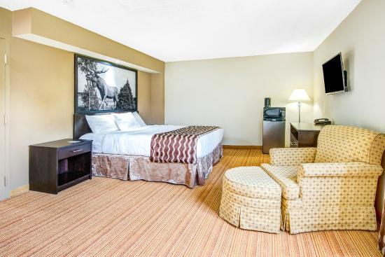 Super  Hotel Huntsville Ontario