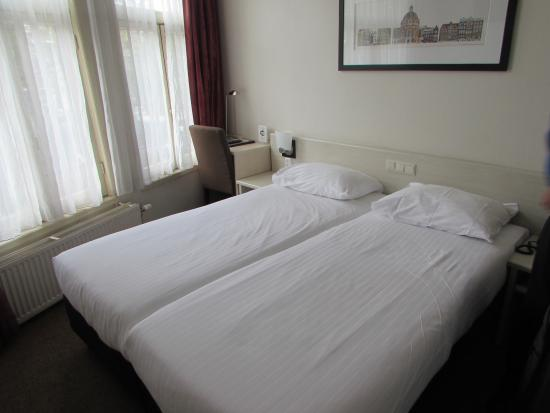 Singel Hotel Amsterdam: Our double room