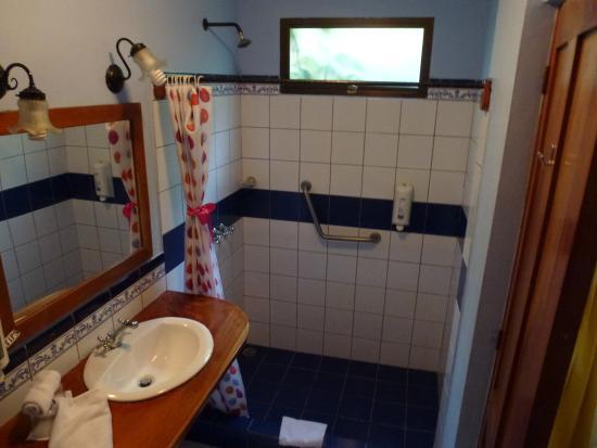 Hotel Claro de Luna : Baño