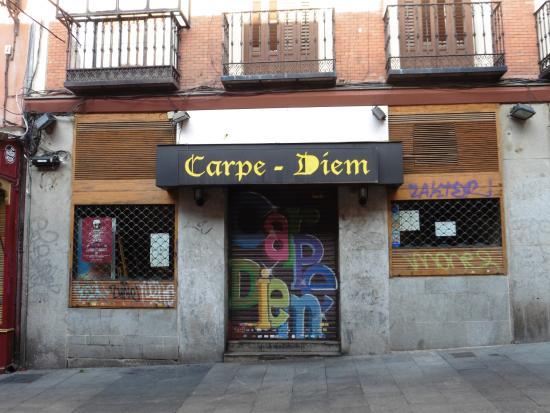 Carpe-Diem: façade du restaurant