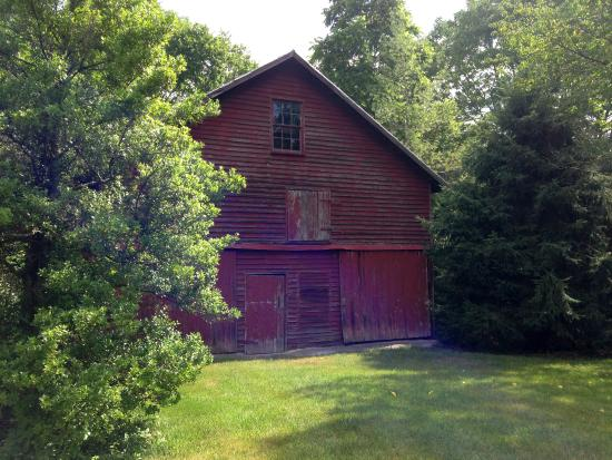 Goshen, VA: Backyard Barn