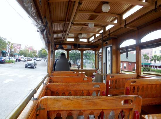 Amelia Island Trolleys: Open trolley for good viewing