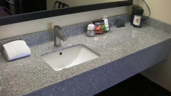 Super 8 Lafayette : New Sink and Vanity In All Rooms/Coffee Maker In All Rooms