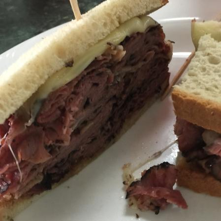 Chesterbrook, Πενσυλβάνια: Pastrami sandwich