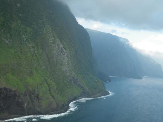 Cliffs Of Molokai Picture Of Air Maui Kahului Tripadvisor