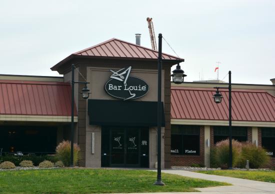 Bar Louie Charlotte Restaurant Reviews Amp Photos