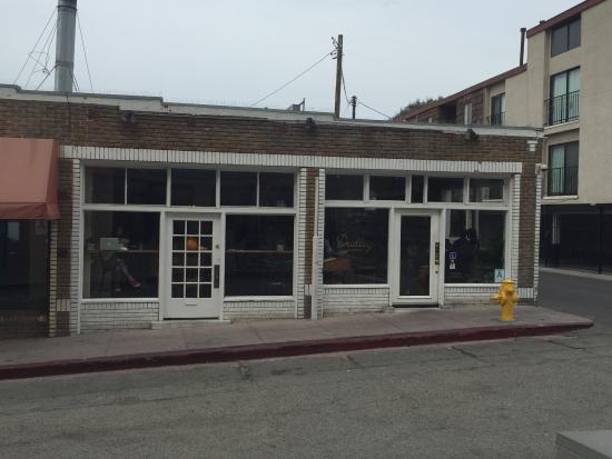 Photo of American Restaurant Dudley Market at 9 Dudley Ave, Los Angeles, CA 90291, United States