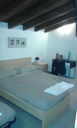 Bed & Breakfast Residenza Cerci: 20151024_180655_large.jpg
