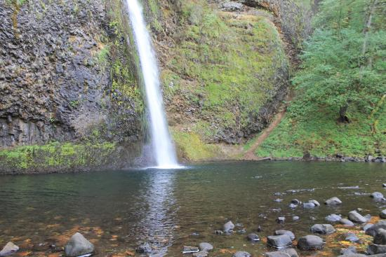 Hood River, OR: Horsetail Falls