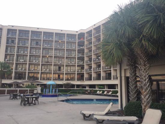 Springmaid Beach Resort & Conference Center Restaurant: красивый отель