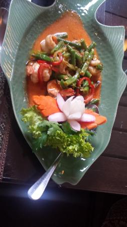 Gold Elephant Royal Thai Cuisine: Garnalen in Kokossaus