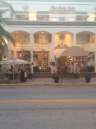 The Betsy - South Beach: Front porch of hotel