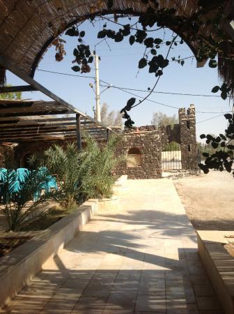 Azraq Palace Restaurant: Двор ресторана