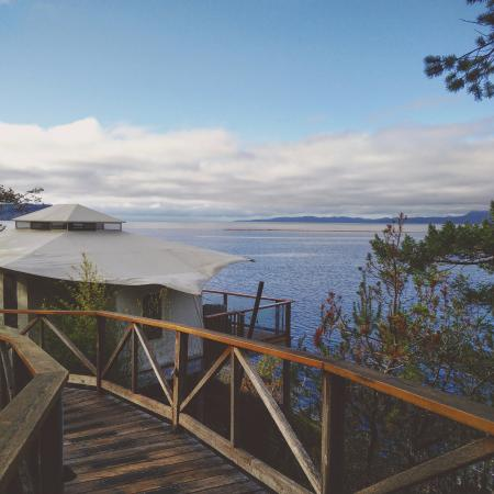 Halfmoon Bay, Kanada: yurt + view
