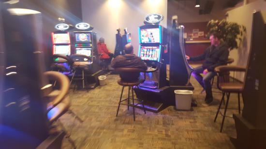Athabasca, Canada : 20 VLT Gaming Room