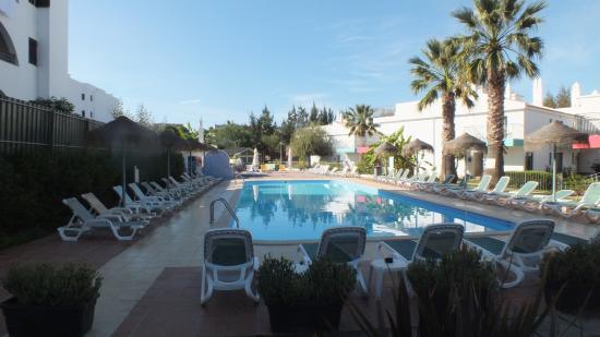 Bayside Salgados: Late afternoon at the Pool - facing south