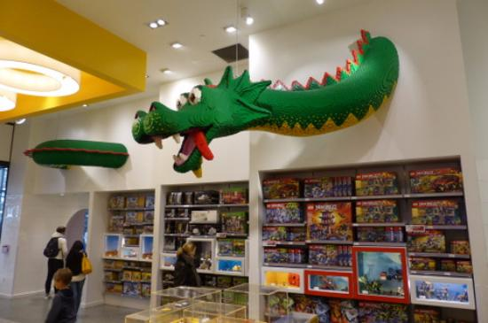 The LEGO dragon - Picture of The LEGO Store, New York City - TripAdvisor