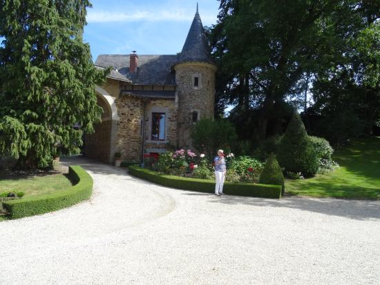 Chambres d 39 h tes chateau de villatte montigne le brillant - Chambre d hote chateau thierry ...