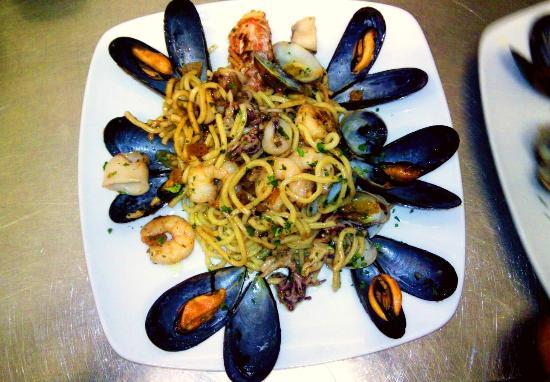 Brusimpiano, Italië: Spaghetti allo scoglio
