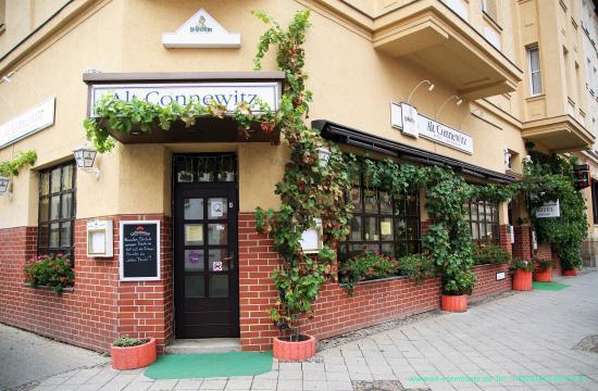 Ihr Hotel Alt-Connewitz in Leipzig - Hotel-Restaurant Eingang