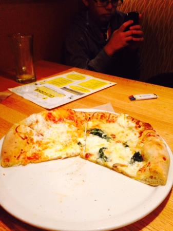 California Pizza Kitchen: PIZZA