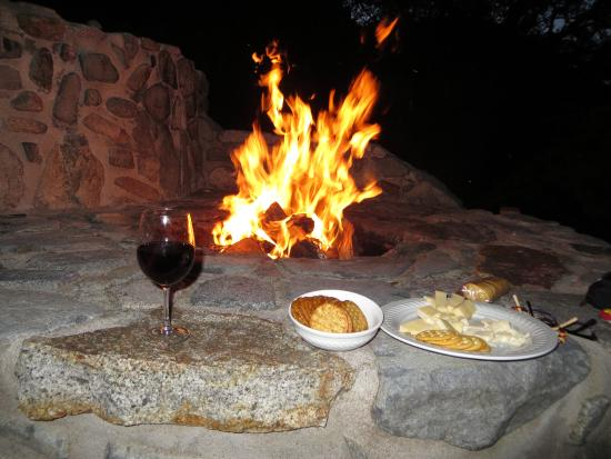 Madera Canyon, AZ: Appetizers by the fire