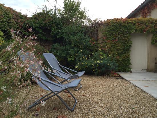 La Maison de Line : Right outside the cottage