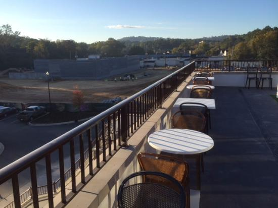 Grand Bohemian Hotel Mountain Brook Autograph Collection Rooftop Bar View